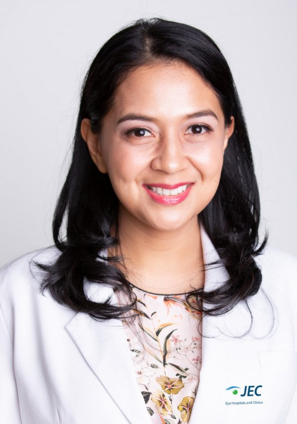 Dr. Arini Safira Nurul Akbar, SpM