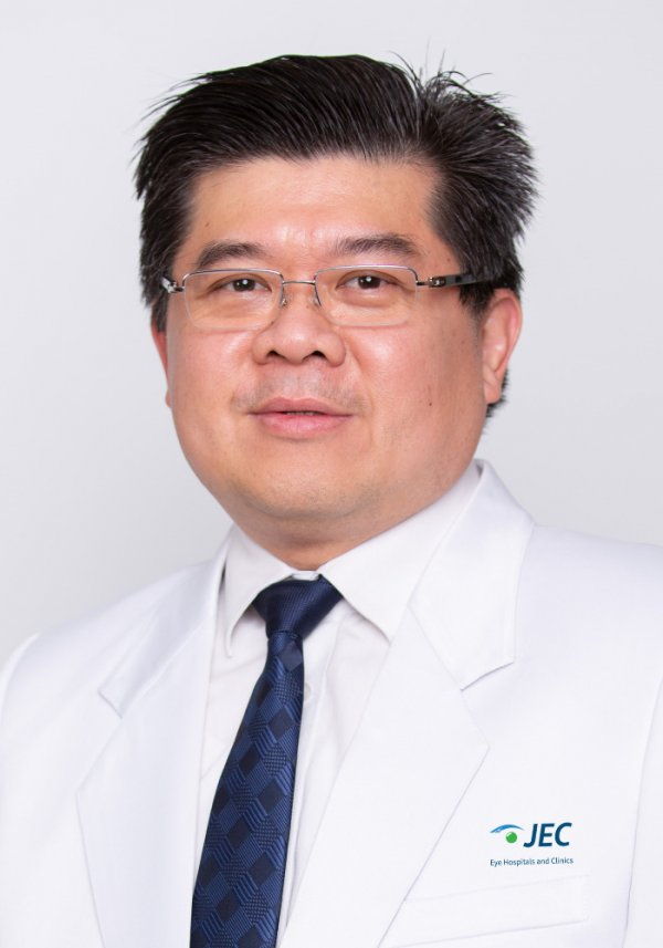 Dr. Iwan Soebijantoro, SpM(K)