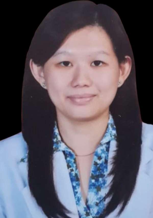 Dr. Intan Oktaviana Adiyanto SpM