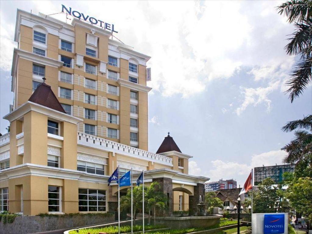 Novotel Hotel Semarang