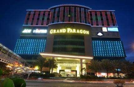 Grand Paragon mall