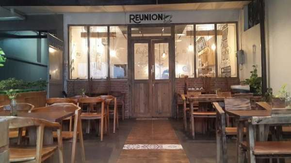 Reunion Cofffee