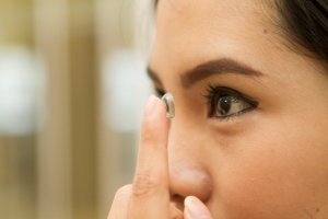 Contact Lens : Recommendation And Benefit